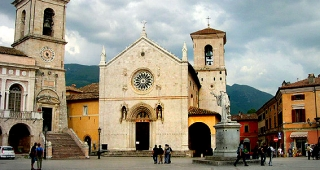 File photo of a church in Norcia, Italy, 2003. (Image: Starlight.)