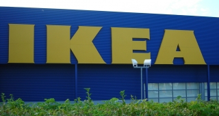 The store front of the IKEA in Västerås, Sweden, where the attack occurred (Image: Senil Anka.)