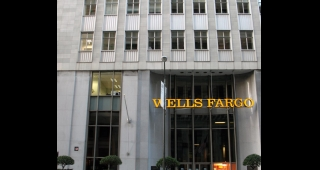 File photo of Wells Fargo's corporate headquarters in San Francisco, 2007. (Image: Laimerpramer.)