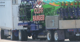 Cliff Hanger ride, shown arriving at fairgrounds for setup. (Image: Paul Budd.)