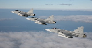 Three Thai JAS 39C Gripens in flight, from file. (Image: Pia Ericson/Försvarets Materielverk (My News Desk).)