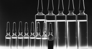 Vials of drugs used in Chemotherapy. (Image: US National Cancer Institute.)