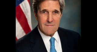 Official portrait of John Kerry, 2013. (Image: US Department of State.)