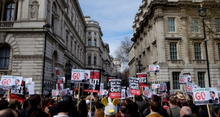 "blished"">Saturday, April 9, 2016  Thousands of demonstrators marched in London today over the tax affairs of Prime Minister David Cameron which were revealed as part of the leak of the Panama Papers. The protest started around 11:00 local time (UTC+1"