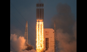 The United Launch Alliance Delta IV Heavy rocket with NASA's Orion spacecraft mounted atop. (Image: NASA/Bill Ingalls.)